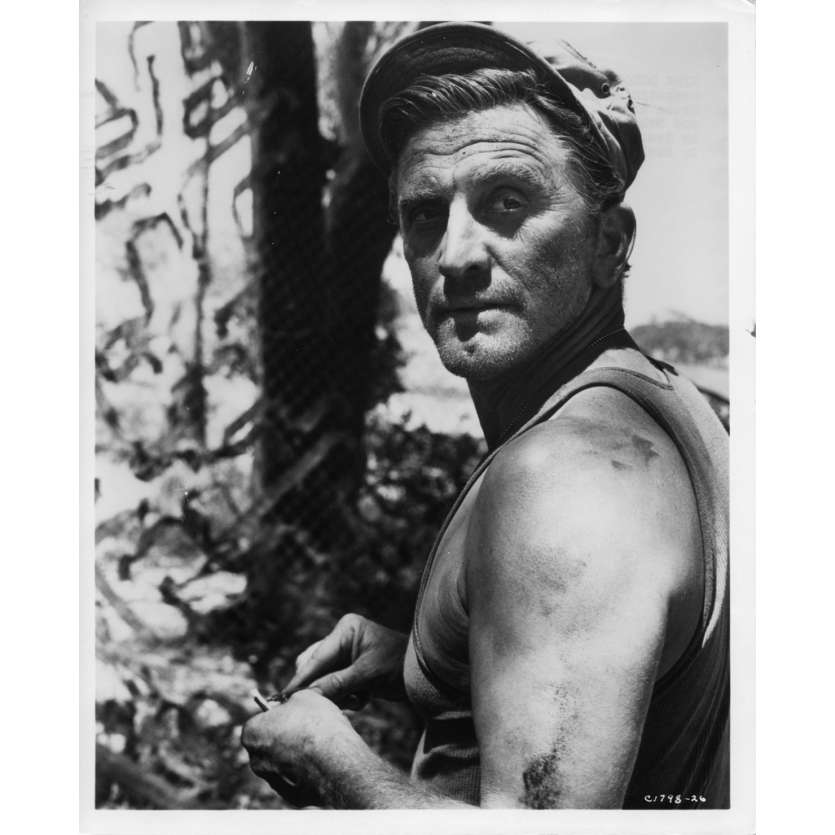 UN HOMME DOIT MOURIR Photo de presse N7 20x25 cm - 1963 - Kirk Douglas, George Seaton