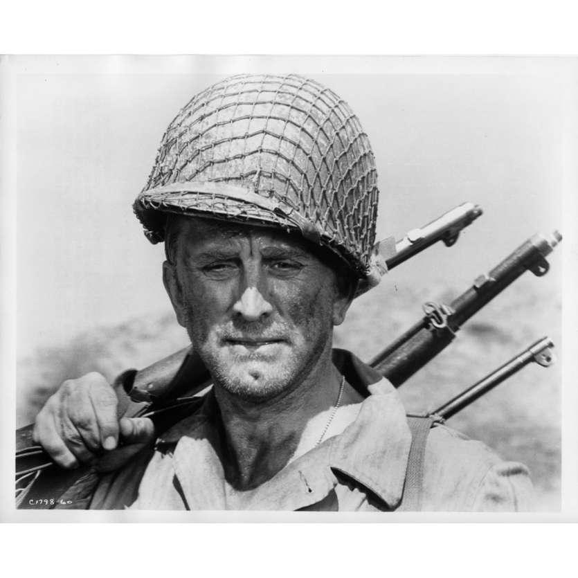 UN HOMME DOIT MOURIR Photo de presse N1 20x25 cm - 1963 - Kirk Douglas, George Seaton