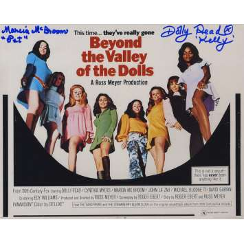 BEYOND THE VALLEY OF DOLLS Signed Photo B 8x10 in. USA - 1970 - Russ Meyer, Dolly Read, Marcia McBroom