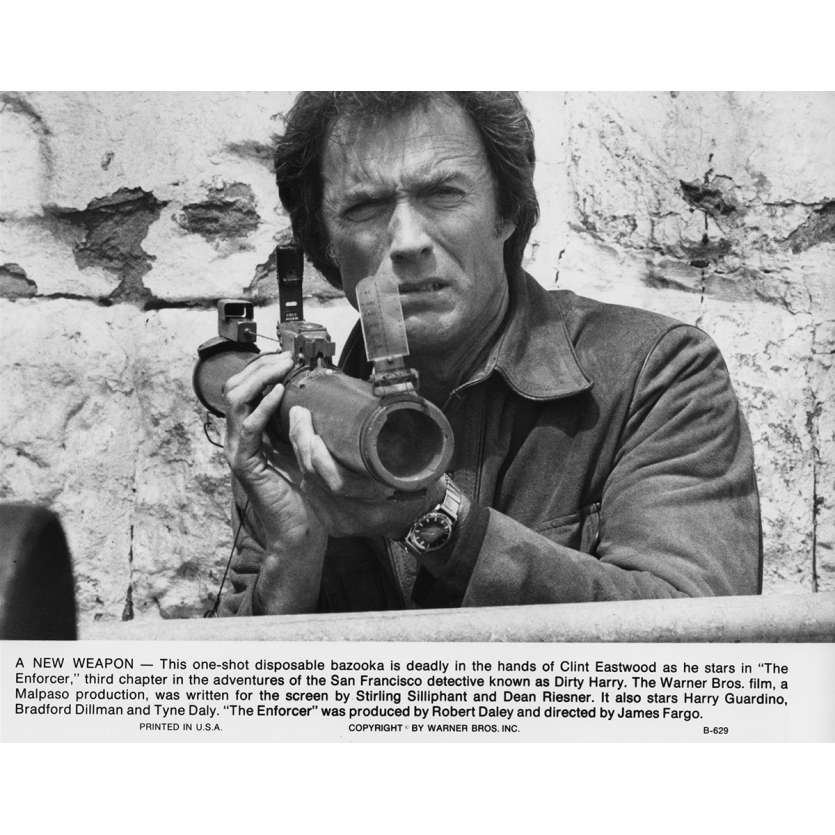 THE ENFORCER Movie Still N10 8x10 in. USA - 1976 - James Fargo, Clint Eastwood