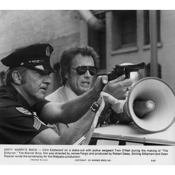 THE ENFORCER Movie Still N7 8x10 in. USA - 1976 - James Fargo, Clint Eastwood