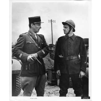WEEK-END A ZUYDCOOTE Photo de presse N5 20x25 cm - 1964 - Jean-Paul Belmondo, Henri Verneuil