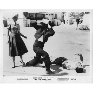 THE NIGHT HEAVEN FELL Movie Still 8x10 in. - 1958 - Roger Vadim, Brigitte Bardot