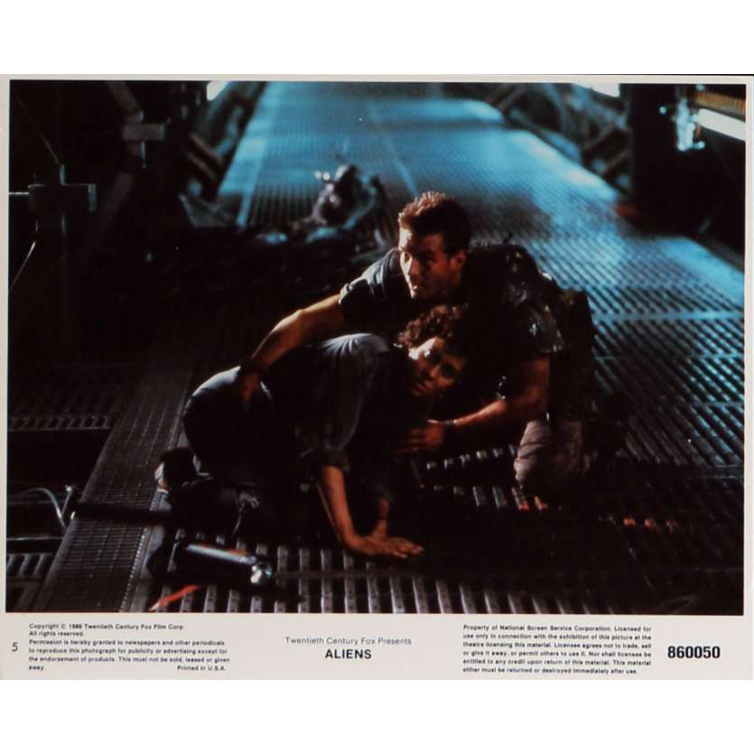 ALIENS Lobby Card N5 8x10 in. - 1986 - James Cameron, Sigourney Weaver