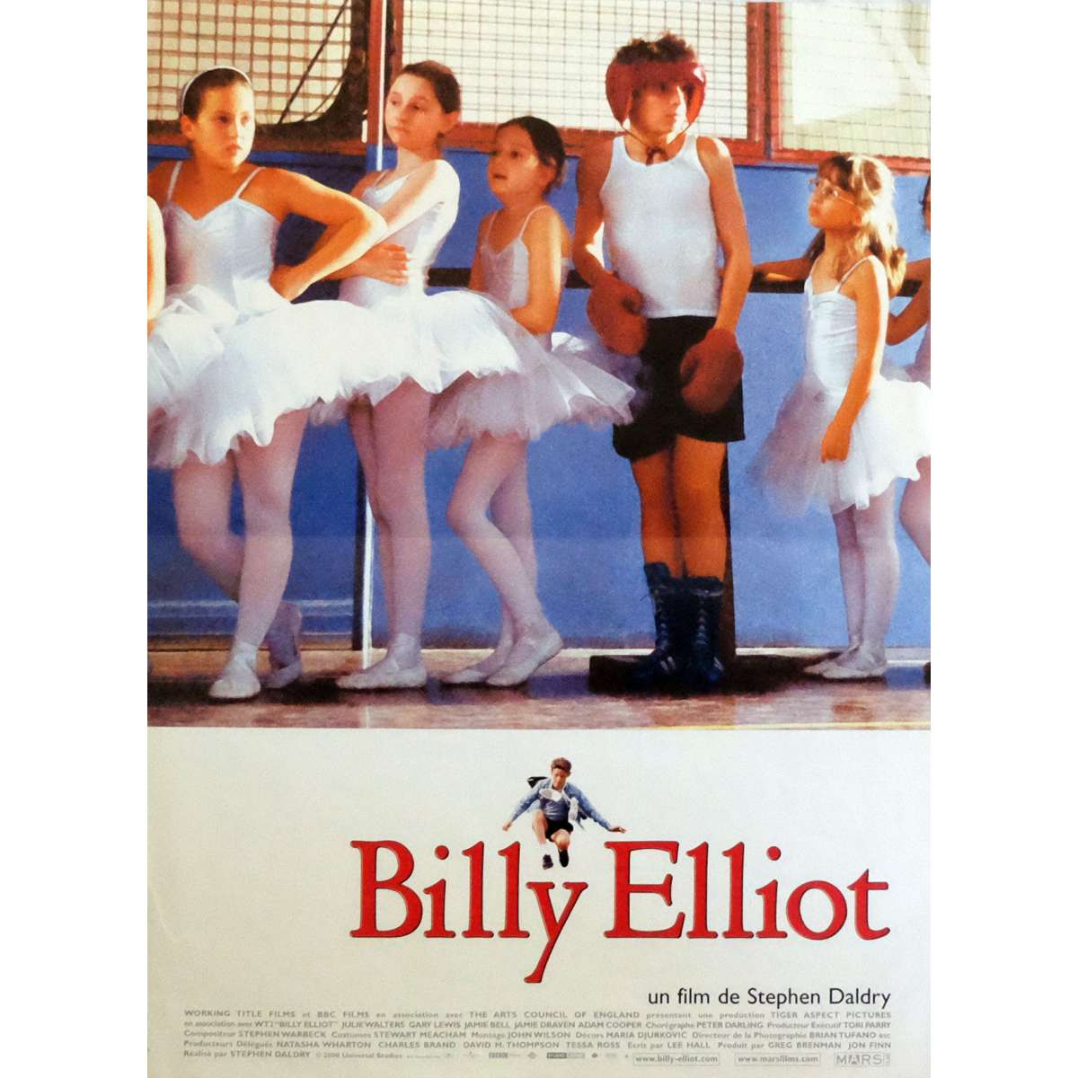 billy elliot stephen daldry essay Analyse the opening scene of billy elliot and discuss how the director uses media techniques to in this essay i aim to analyse how stephen daldry uses media.