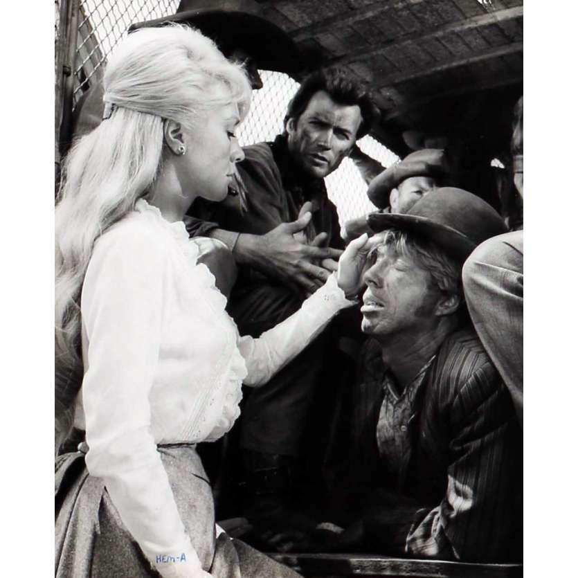 PENDEZ LES HAUT ET COURT Photo de presse N04 20x25 cm - 1968 - Clint Eastwood, Ted Post