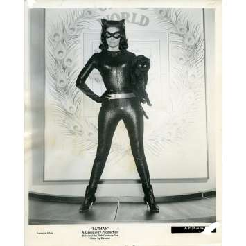 BATMAN 1966 Photo de presse N65 20x25 cm - 1965 - Lee Meriwether, Bob Kane