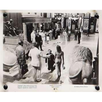 HUIT ET DEMI Photo de presse N06 20x25 cm - 1963 - Marcello Mastroianni, Federico Fellini