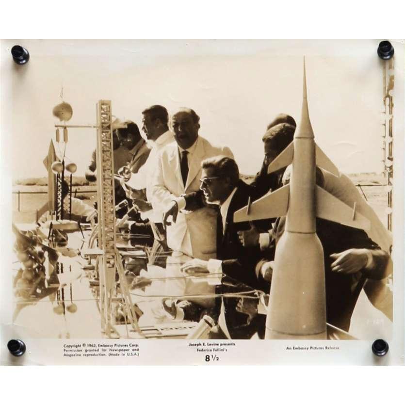 HUIT ET DEMI Photo de presse N01 20x25 cm - 1963 - Marcello Mastroianni, Federico Fellini