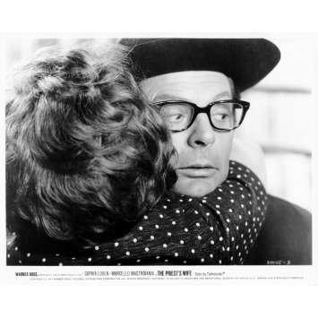 LA FEMME DU PRETRE Photo de presse N29 20x25 cm - 1970 - Marcello Mastroianni, Sophia Loren, Dino Risi