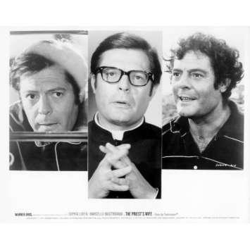 LA FEMME DU PRETRE Photo de presse N23 20x25 cm - 1970 - Marcello Mastroianni, Sophia Loren, Dino Risi