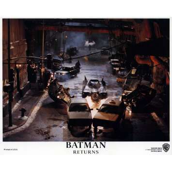 BATMAN RETURNS Lobby Card N02 8x10 in. - 1992 - Tim Burton, Michael Keaton