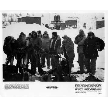 THE THING Movie Still 8x10 in. - 1982 - John Carpenter, Kurt Russel and Cast