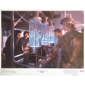 ALIENS Lobby Card 11x14 in. - N04 1986 - James Cameron, Sigourney Weaver