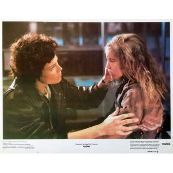 ALIENS Lobby Card 11x14 in. - N02 1986 - James Cameron, Sigourney Weaver