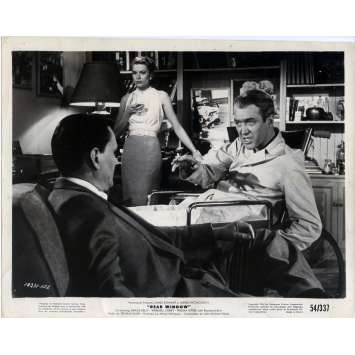 FENETRE SUR COUR Photo de presse 20x25 cm - 1954 - James Stewart, Alfred Hitchcock