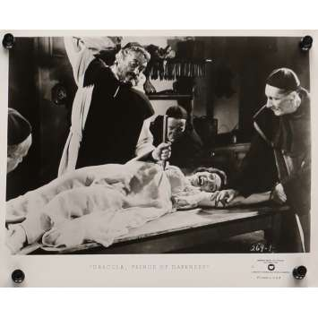 DRACULA PRINCE DES TENEBRES Photo de presse 20x25 cm - N02 R1970 - Christopher Lee, Terence Fisher