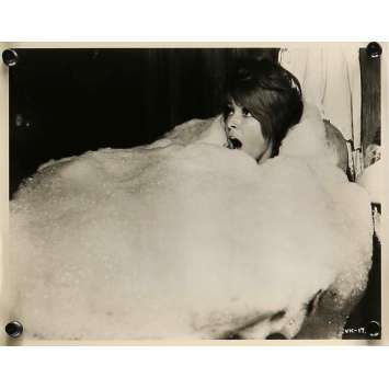 THE FEARLESS VAMPIRE KILLERS Movie Still 8x10 in. - N01 1967 - Roman Polanski, Sharon Tate