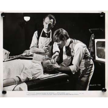 LE RETOUR DE FRANKENSTEIN Photo de presse 20x25 cm - N02 1969 - Peter Cushing, Terence Fisher