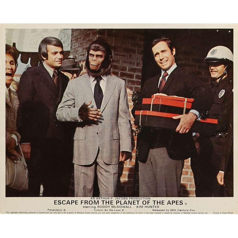 ESCAPE FROM THE PLANET OF THE APES Lobby Card 8x10 in. - N05 1971 - Don Taylor, Roddy McDowall