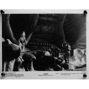 ALIEN Movie Still 8x10 in. - ACK-17 - 1979 - Ridley Scott, Sigourney Weaver