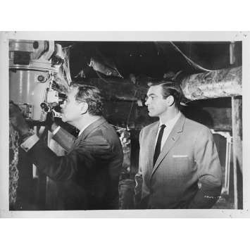 FROM RUSSIA WITH LOVE Movie Still N01 - 8x10 in. - 1964 - James Bond, Sean Connery