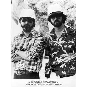 LES AVENTURIERS DE L'ARCHE PERDUE Photo de presse - 18x24 cm. - 1981 - Harrison Ford, Steven Spielberg