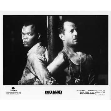 UNE JOURNEE EN ENFER Photo de presse N01 - 20x25 cm. - 1995 - Bruce Willis, John McTiernan