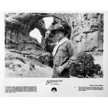 INDIANA JONES ET LE TEMPLE MAUDIT Photo de presse N08 - 20x25 cm. - 1984 - Harrison Ford, Steven Spielberg