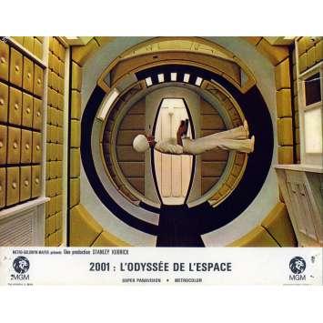 2001 A SPACE ODYSSEY Lobby Card N04, Set A - 9x12 in. - 1968 - Stanley Kubrick, Keir Dullea