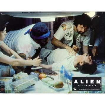 ALIEN Lobby Card N02 - 9x12 in. - 1979 - Ridley Scott, Sigourney Weaver
