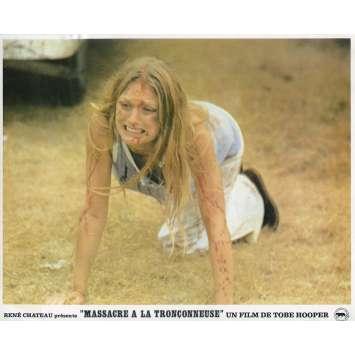 MASSACRE A LA TRONÇONNEUSE Photo de film N02 - 21x30 cm. - 1974 - Marilyn Burns, Tobe Hooper
