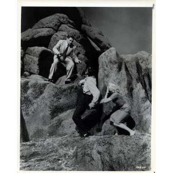 LA MORT AUX TROUSSES Photo de presse N02 - 20x25 cm. - 1959 - Cary Grant, Alfred Hitchcock