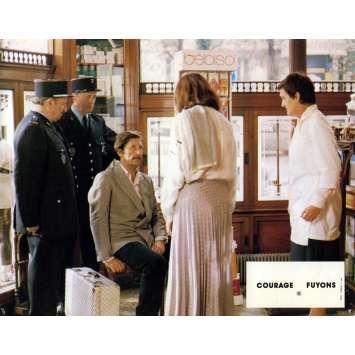 COURAGE LET'S RUN Original Lobby Card N01 - 9x12 in. - 1979 - Yves Robert, Catherine Deneuve
