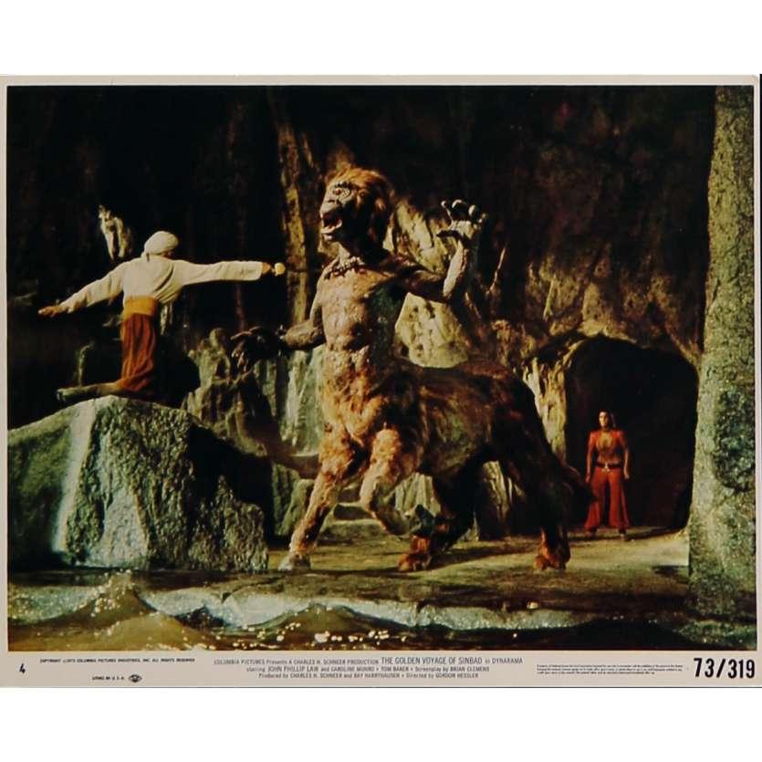 LE VOYAGE FANTASTIQUE DE SINBAD Photo de film N05 - 20x25 cm. - 1973 - Caroline Munro, Ray Harryhausen