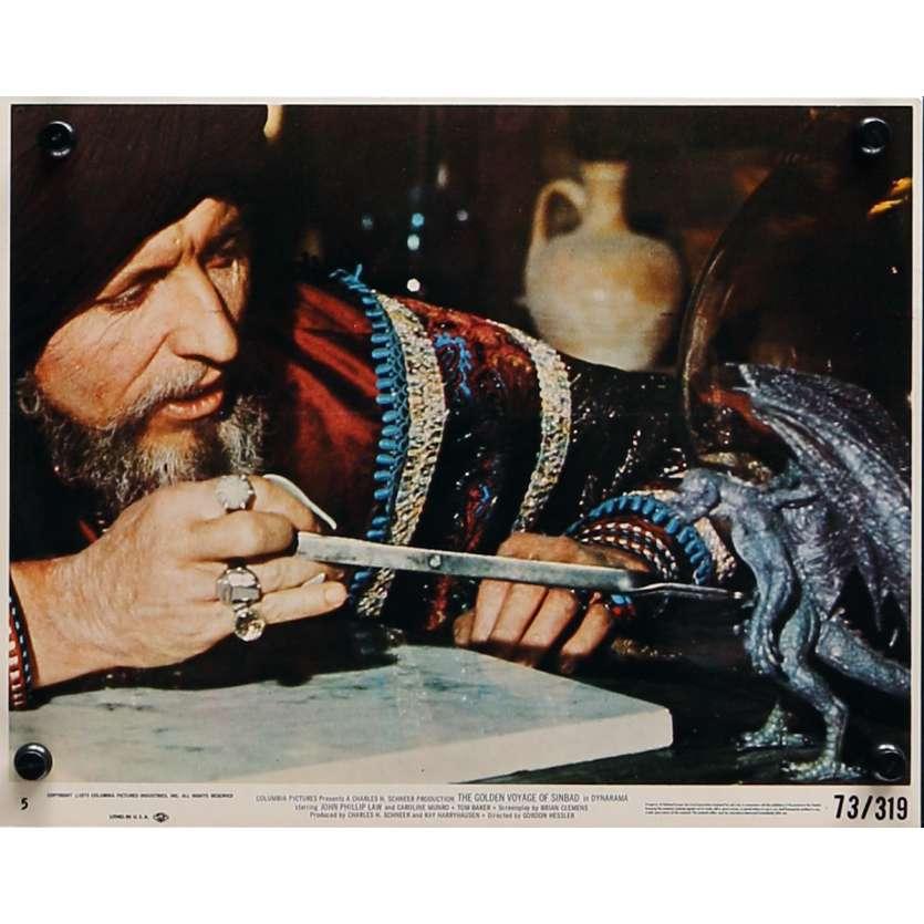 LE VOYAGE FANTASTIQUE DE SINBAD Photo de film N04 - 20x25 cm. - 1973 - Caroline Munro, Ray Harryhausen
