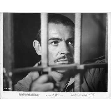 LA COLLINE DES HOMMES PERDUS Photo de presse N01 - 20x25 cm. - 1965 - Sean Connery, Sidney Lumet