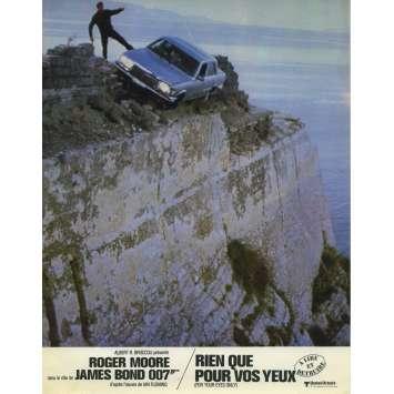 RIEN QUE POUR VOS YEUX Photo de film N02 - 21x30 cm. - 1981 - Roger Moore, James Bond