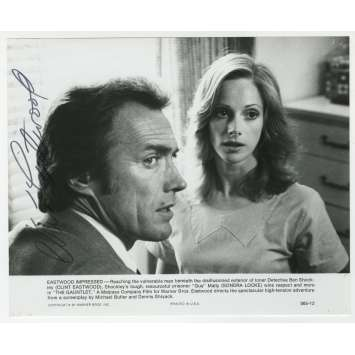 L'EPREUVE DE FORCE Photo signée - 20x25 cm. - 1977 - Sondra Locke, Clint Eastwood