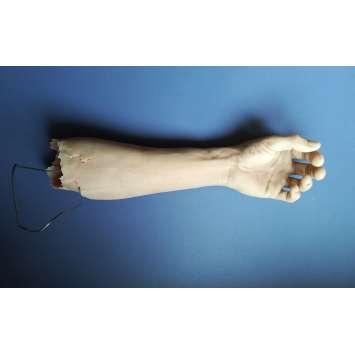 IL FAUT SAUVER LE SOLDAT RYAN Faux bras utilisé dans le film - 1998 - Steven Spielberg, Production-used Prop