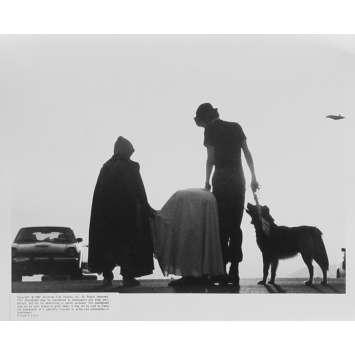 E.T. L'EXTRA-TERRESTRE Photo de presse N17 - 20x25 cm. - 1982 - Dee Wallace, Steven Spielberg