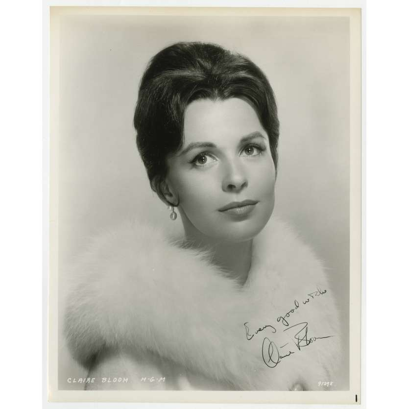 CLAIRE BLOOM Photo signée - 20x25 cm. - 1960'S - 0, 0
