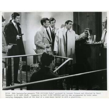 LE CLAN DES SICILIENS Photo de presse N02 - 20x25 cm. - 1969 - Lino Ventura, Henri Verneuil