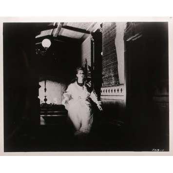 LA MAISON DU DIABLE Photos de presse N10 - 20x25 cm. - 1963 - Julie Harris, Robert Wise
