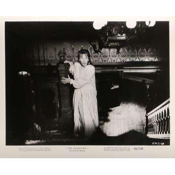 LA MAISON DU DIABLE Photos de presse N07 - 20x25 cm. - 1963 - Julie Harris, Robert Wise