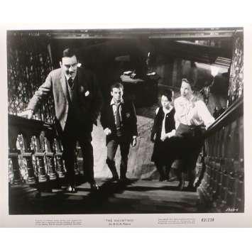 LA MAISON DU DIABLE Photos de presse N02 - 20x25 cm. - 1963 - Julie Harris, Robert Wise