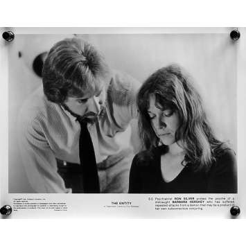 L'EMPRISE Photos de presse N05 - 20x25 cm. - 1982 - Barbara Hershey, Sidney J. Furie