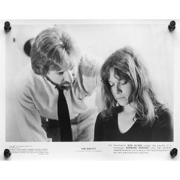 L'EMPRISE Photos de presse N02 - 20x25 cm. - 1982 - Barbara Hershey, Sidney J. Furie