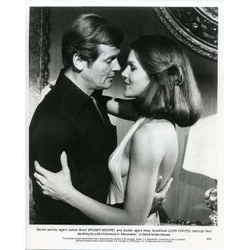 MOONRAKER Photo de presse M-8 - 20x25 cm. - 1979 - Roger Moore, James Bond