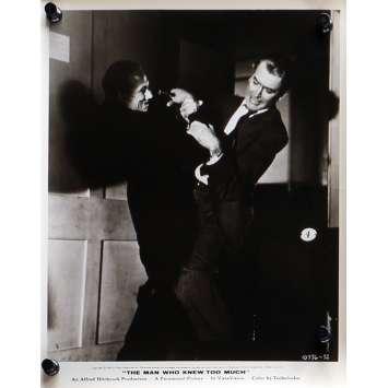 L'HOMME QUI EN SAVAIT TROP Photo de presse N01 - 20x25 cm. - 1954 - James Stewart, Alfred Hitchcock